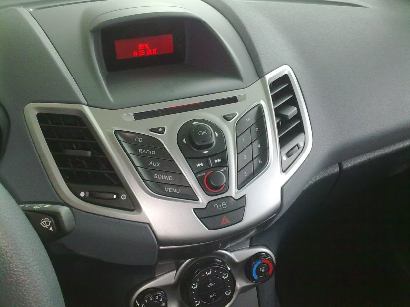 How to Fix Ford Bluetooth Connection Issues with a Firmware Update